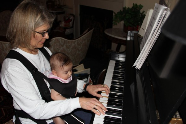 Learning to play piano from BB