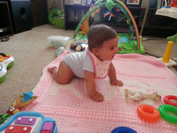 Getting more comfy in crawling position